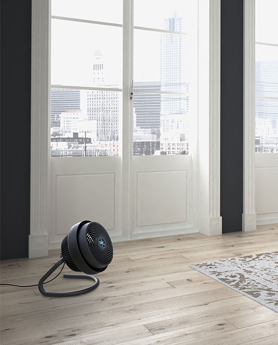 723 Air Circulator : Large air circulator vornado