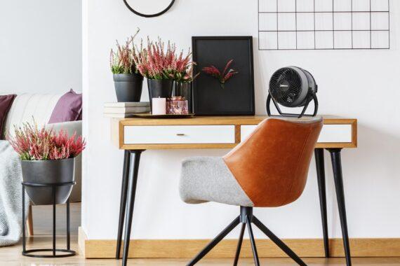 EXPAND4 Lifestyle Desk